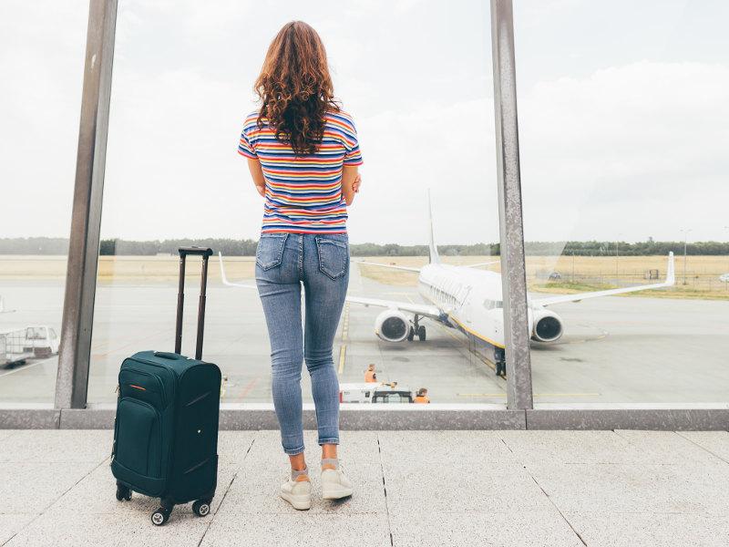 Как найти дешевые авиабилеты: список самых крутых лайфхаков