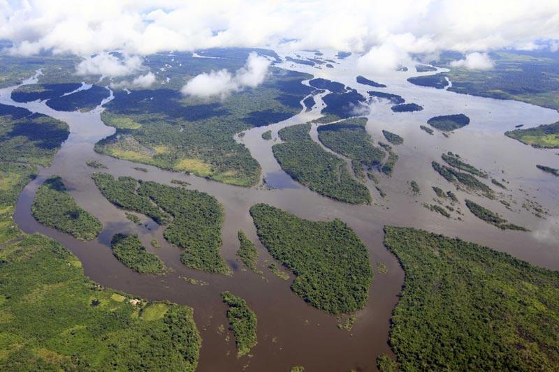 Длина Амазонки - самой опасной реки в мире