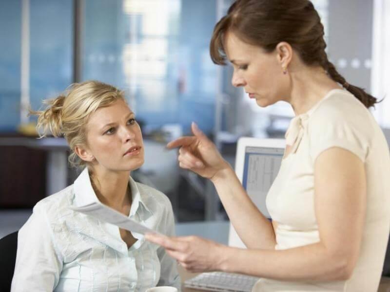 Как реагировать на критику в свой адрес: 10 эффективных советов